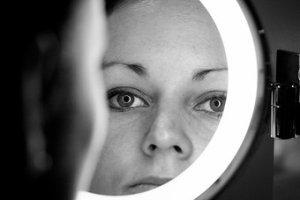 mirror-istock